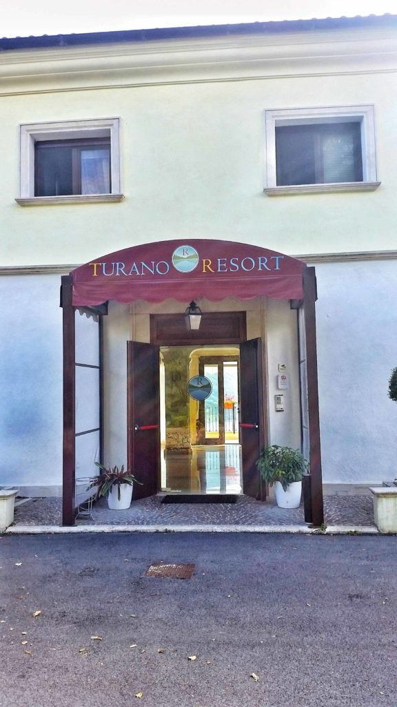 ingresso-del-turano-resort