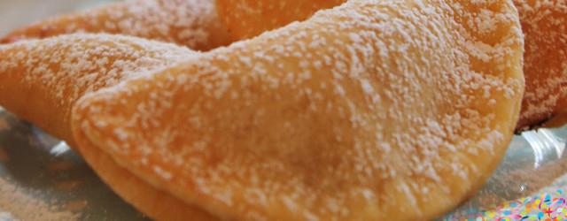 Ravioli dolci con ricotta e cannella