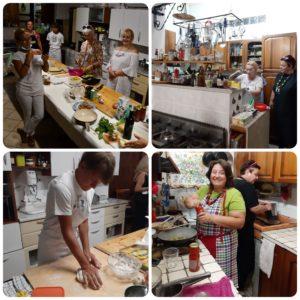 divin-mangiando-gara-in-cucina